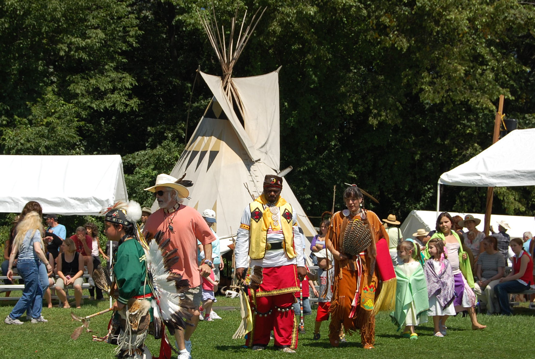 intertribal_dance2.jpg